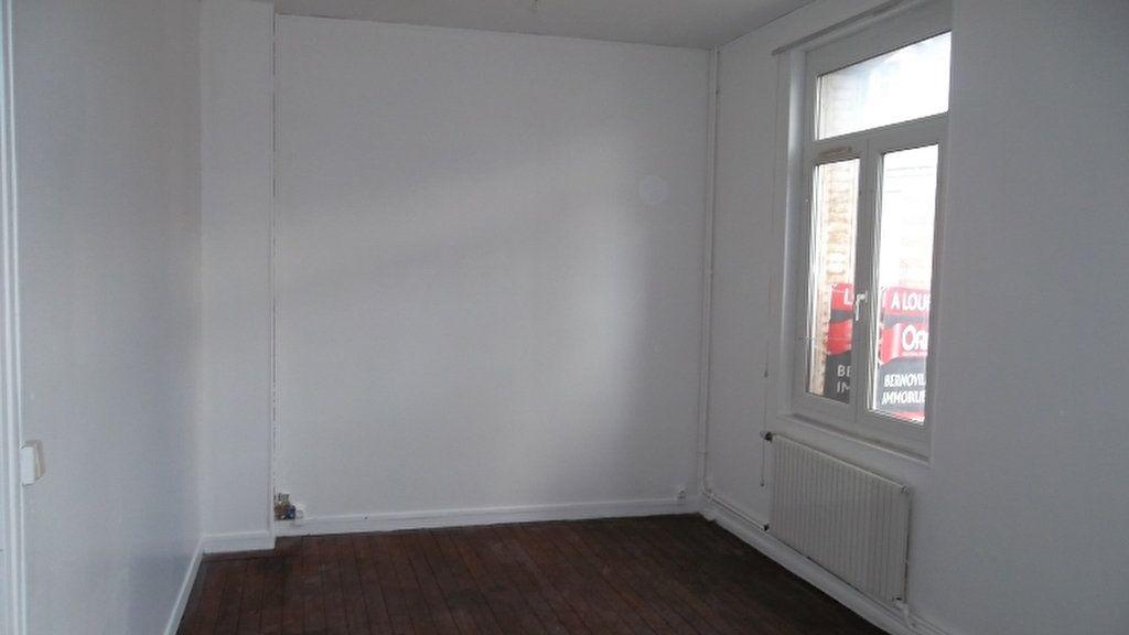 Appartement à louer 2 40.5m2 à Saint-Quentin vignette-2