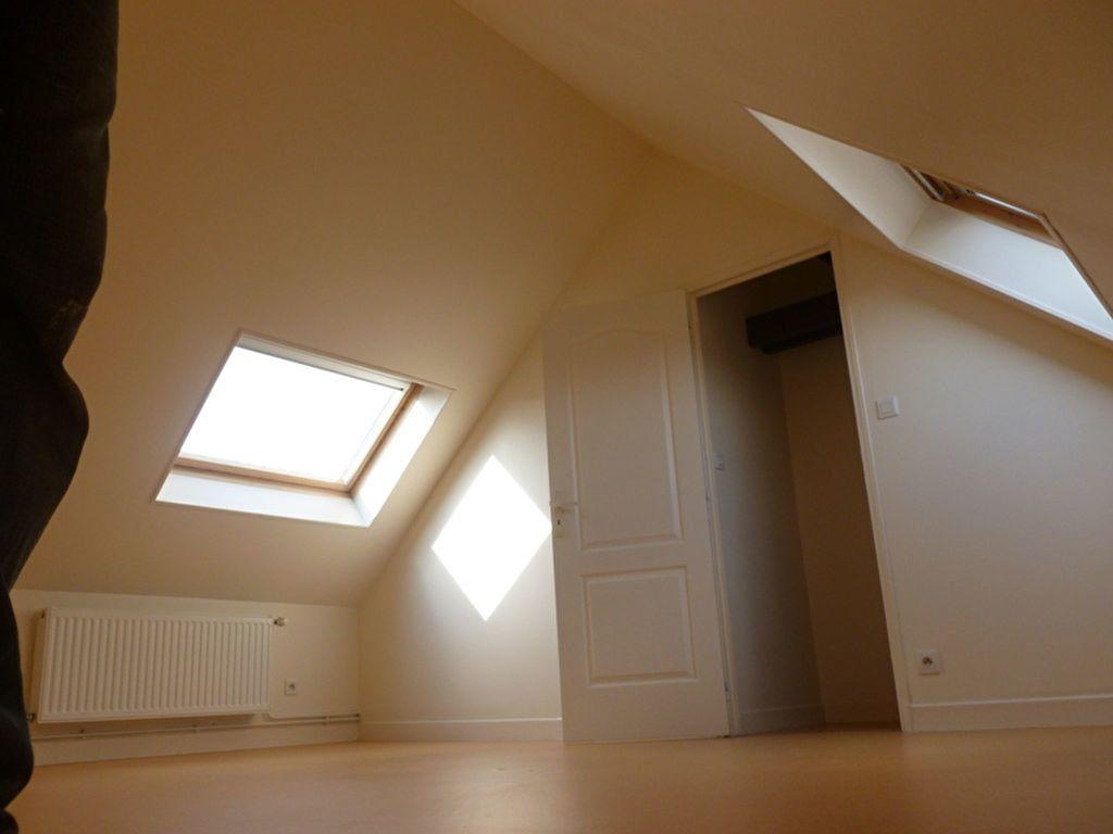Appartement à louer 3 60m2 à Saint-Quentin vignette-4
