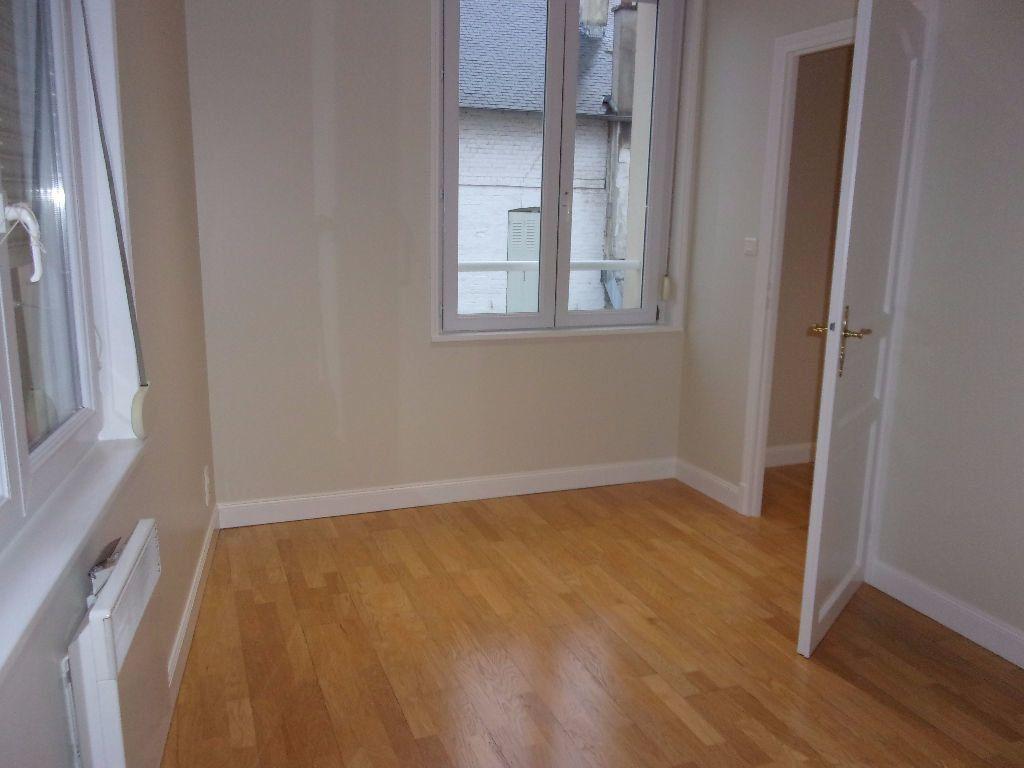 Appartement à louer 2 34.86m2 à Saint-Quentin vignette-2