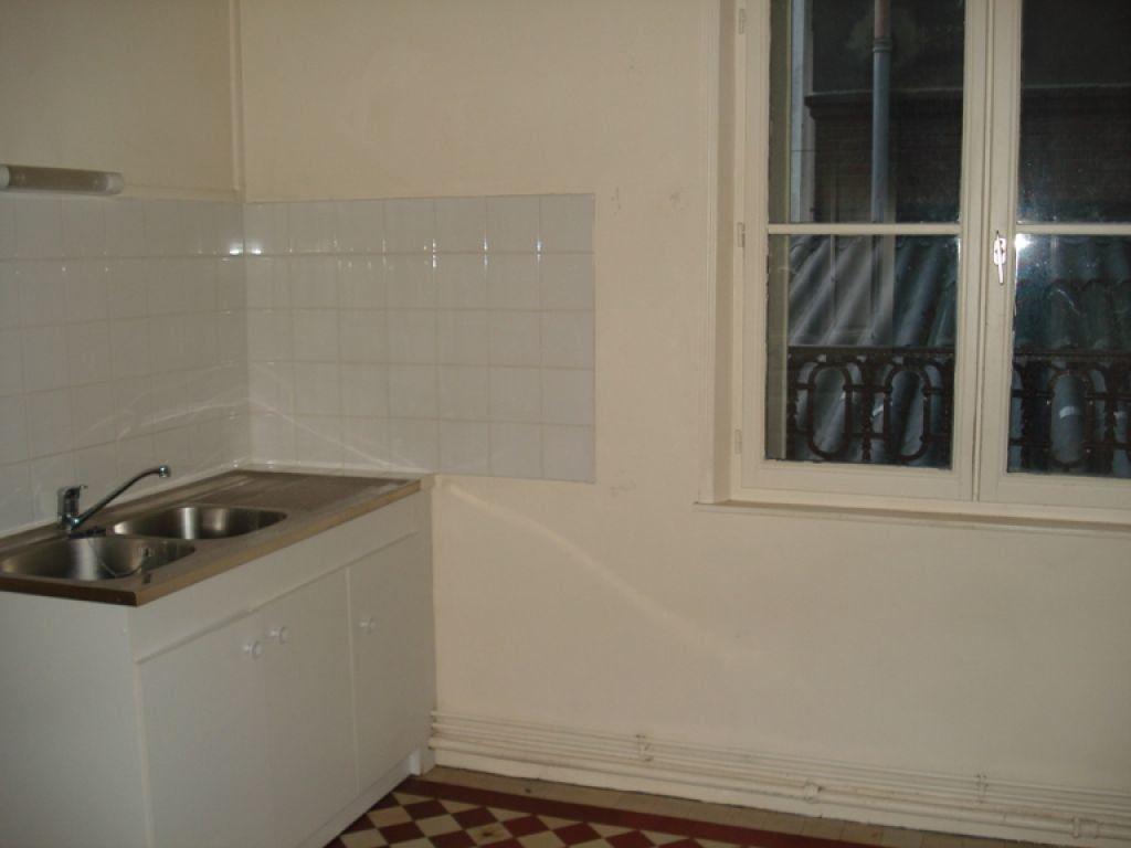 Appartement à louer 3 98.65m2 à Saint-Quentin vignette-3