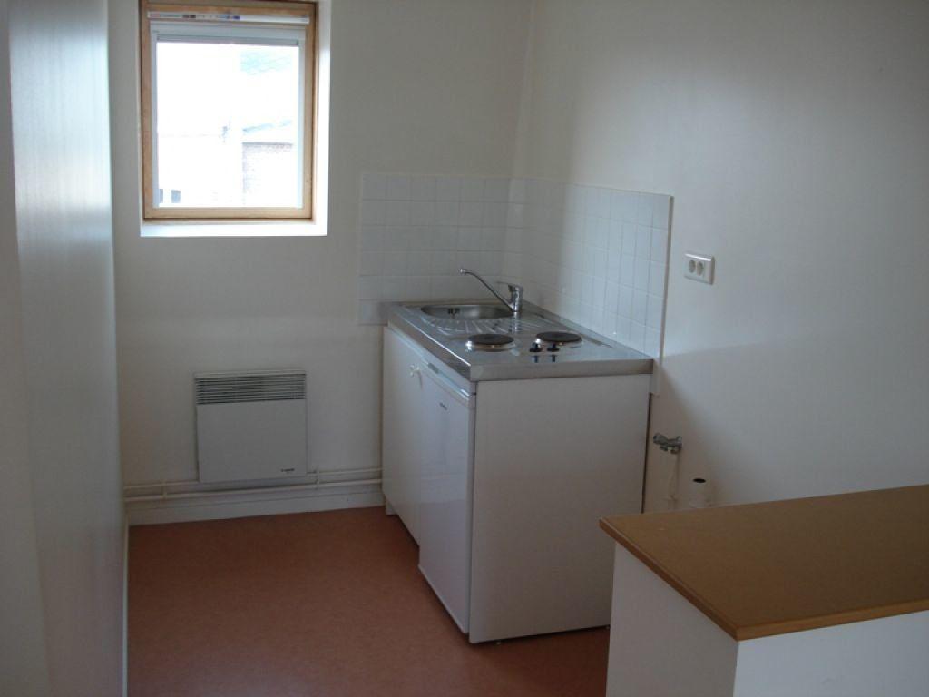 Appartement à louer 1 36m2 à Saint-Quentin vignette-1