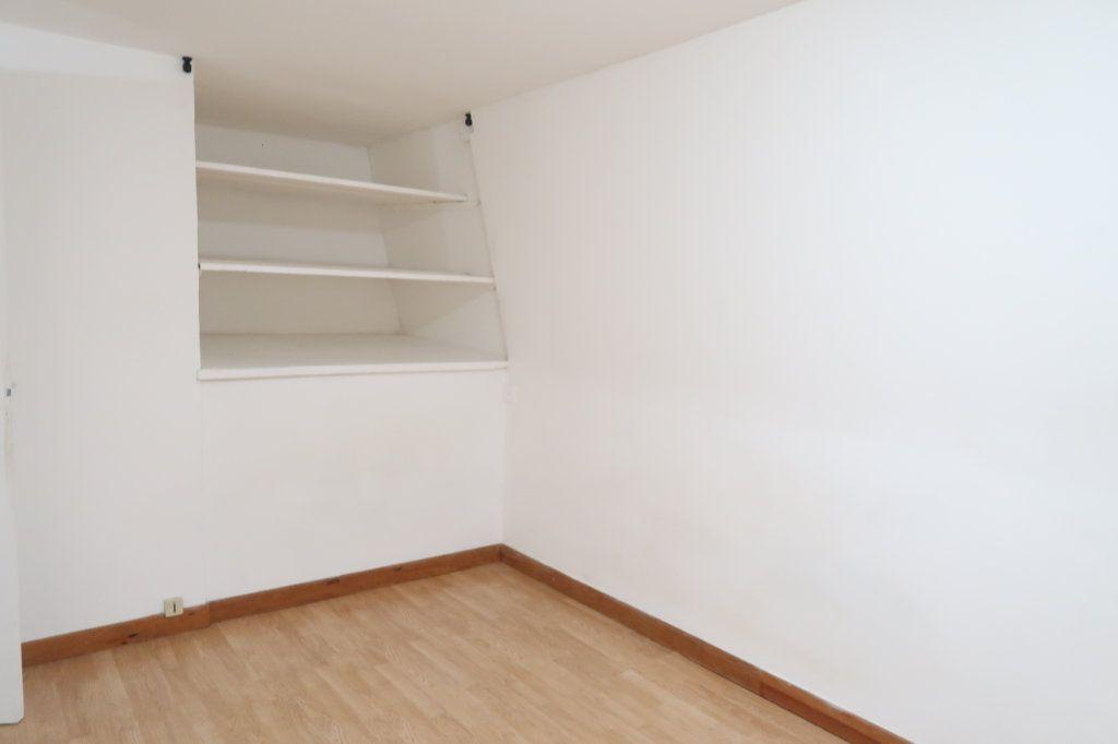 Appartement à louer 2 39m2 à Saint-Quentin vignette-4
