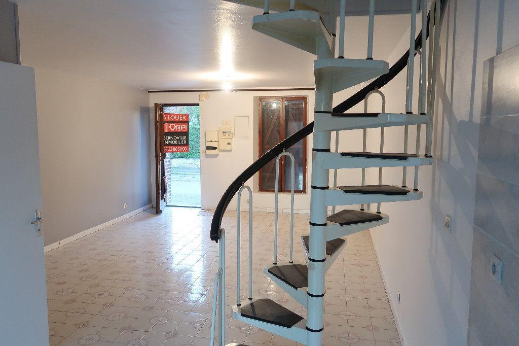 Maison à louer 3 68m2 à Origny-Sainte-Benoite vignette-1