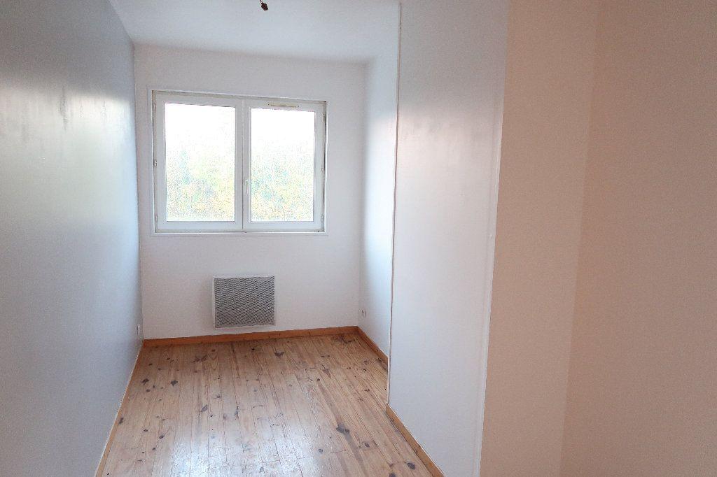 Maison à louer 3 68m2 à Origny-Sainte-Benoite vignette-3