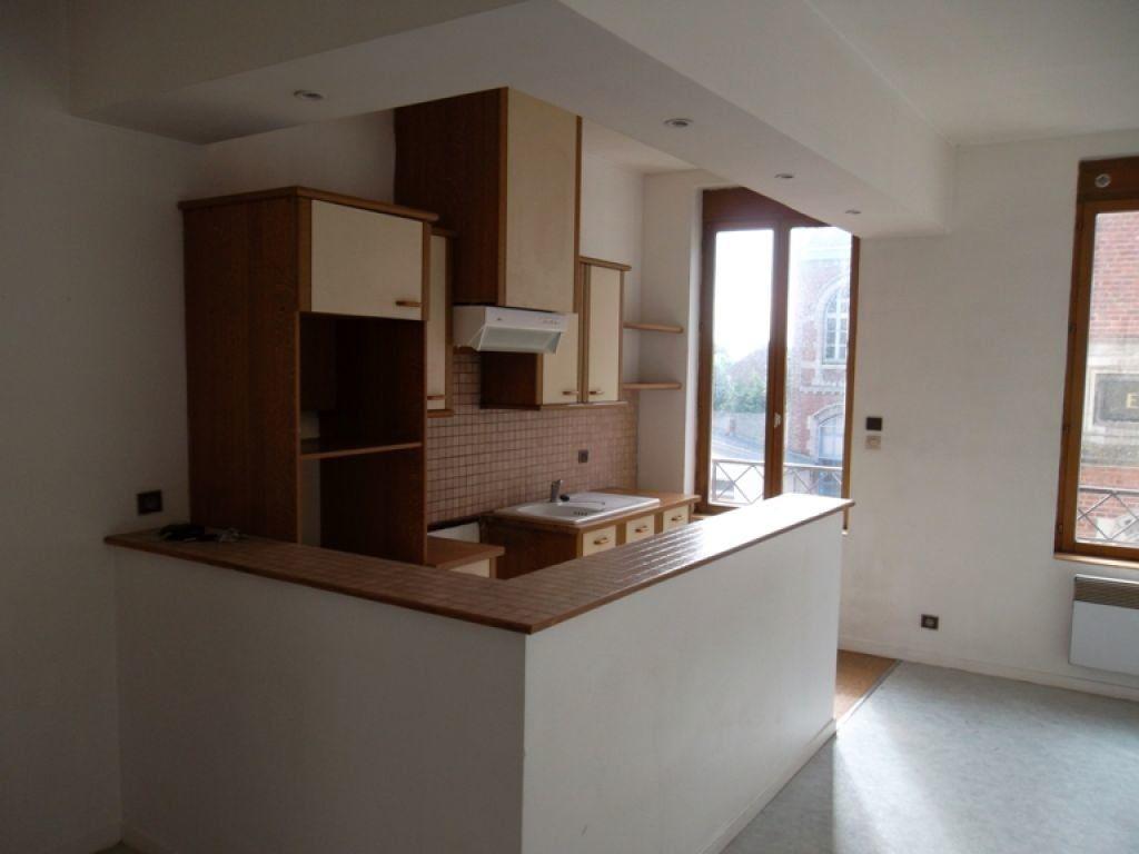 Appartement à louer 3 77m2 à Saint-Quentin vignette-1