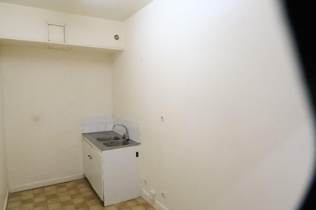 Appartement à louer 1 61.62m2 à Saint-Quentin vignette-4