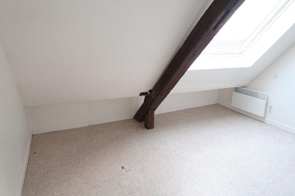 Appartement à louer 2 56.1m2 à Saint-Quentin vignette-6