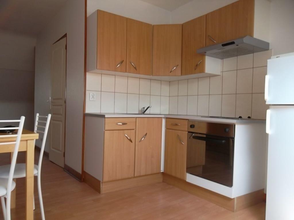 Appartement à louer 2 26m2 à Saint-Quentin vignette-1