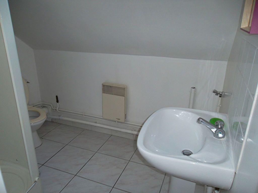 Appartement à louer 2 30.3m2 à Saint-Quentin vignette-6