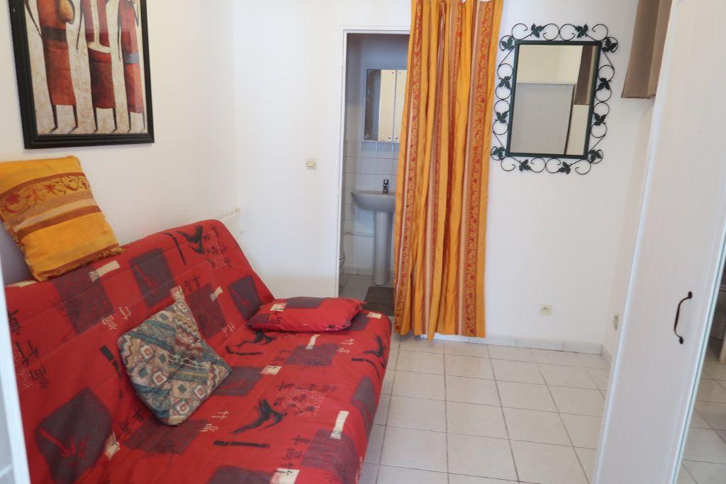 Appartement à louer 1 25m2 à Saint-Quentin vignette-3
