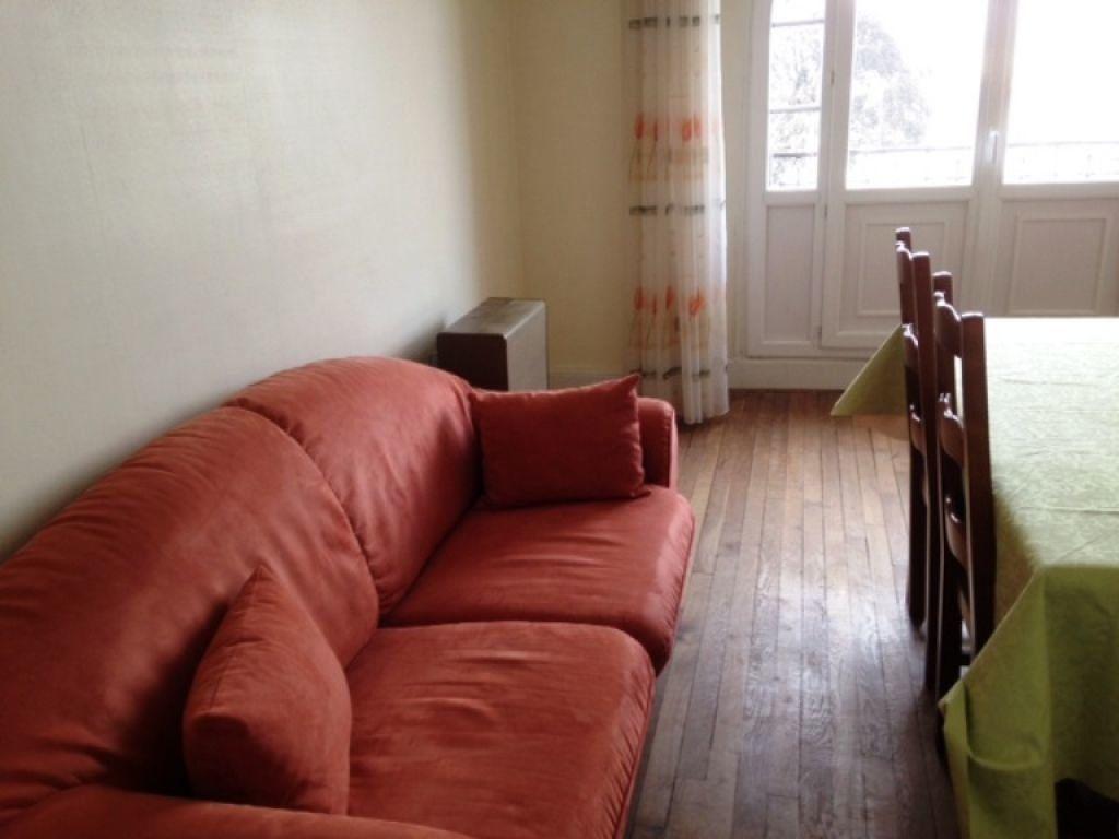 Appartement à louer 2 36m2 à Saint-Quentin vignette-1