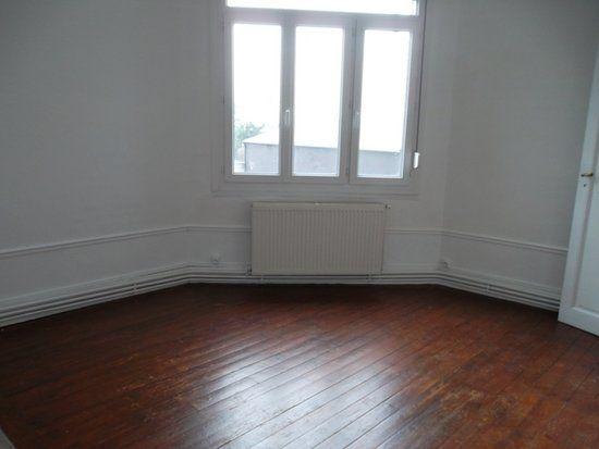 Appartement à louer 5 71m2 à Saint-Quentin vignette-3