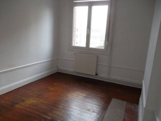 Appartement à louer 5 71m2 à Saint-Quentin vignette-4