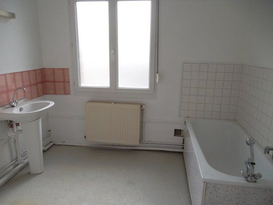 Appartement à louer 5 71m2 à Saint-Quentin vignette-6