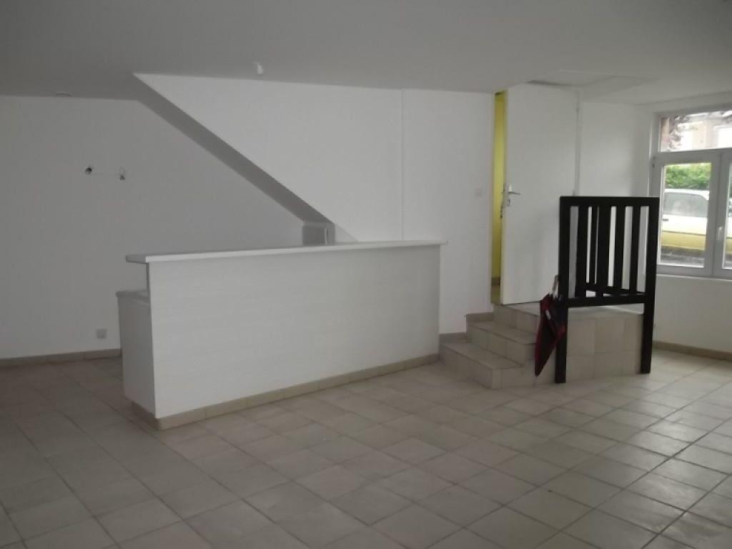 Appartement à louer 3 77m2 à Guise vignette-1