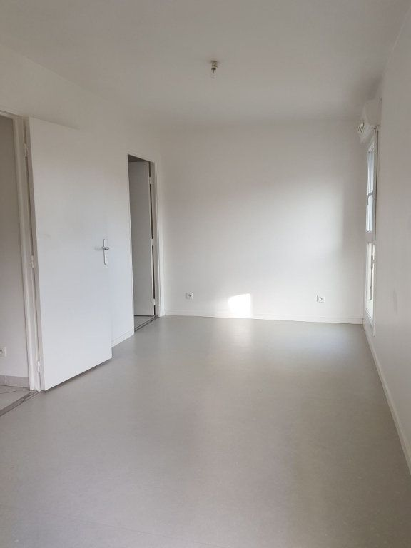 Appartement à louer 2 45.51m2 à Amiens vignette-4