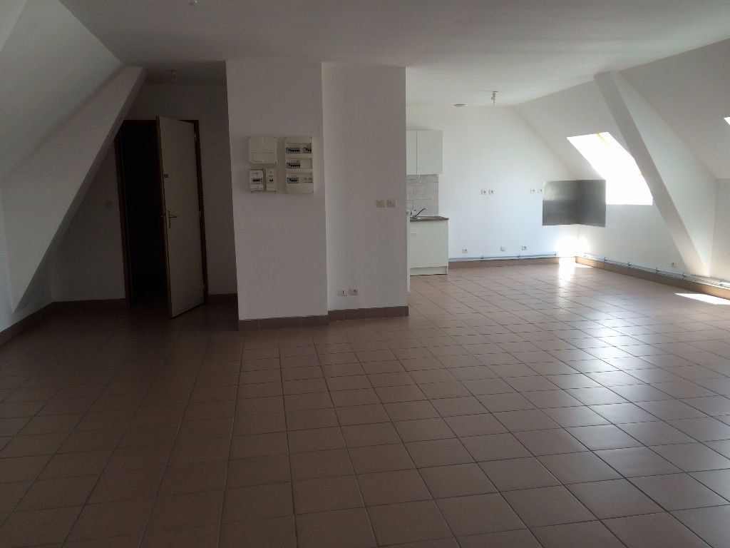 Appartement à louer 4 93m2 à Danizy vignette-4