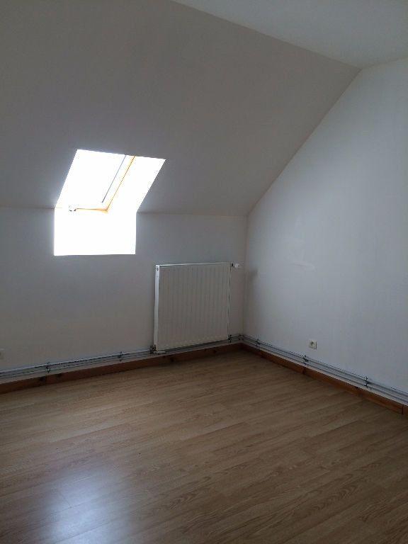 Appartement à louer 4 93m2 à Danizy vignette-7