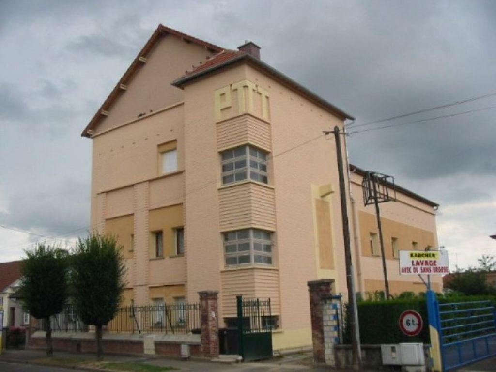 Appartement à louer 4 62.27m2 à Chauny vignette-4
