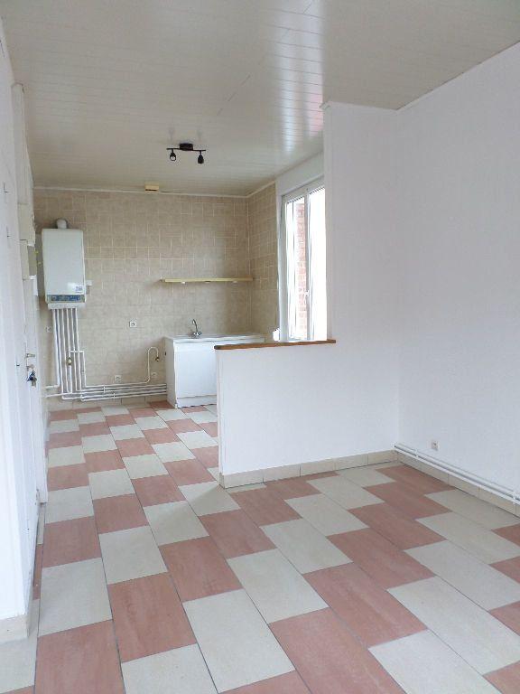 Appartement à louer 3 60m2 à Beautor vignette-3