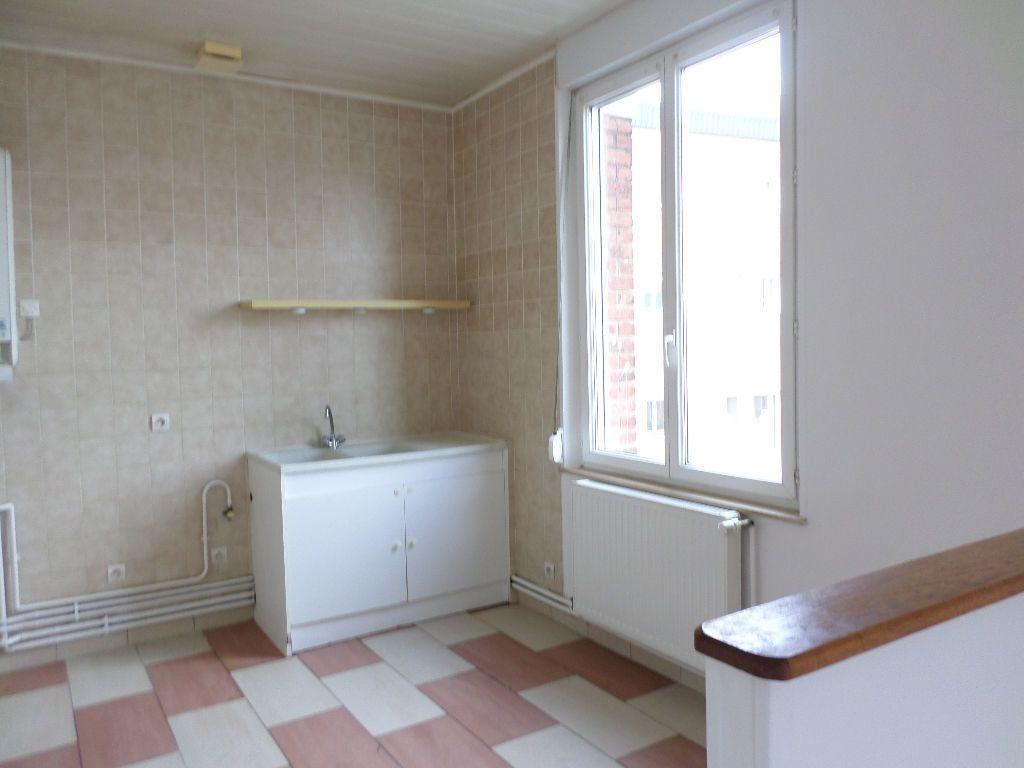 Appartement à louer 3 60m2 à Beautor vignette-6