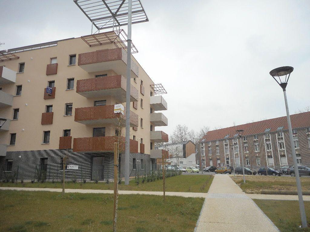 Appartement à louer 2 40.6m2 à Amiens vignette-1