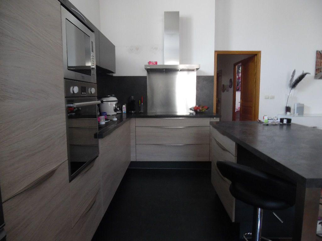 Appartement à vendre 4 114m2 à Saint-Quentin vignette-12