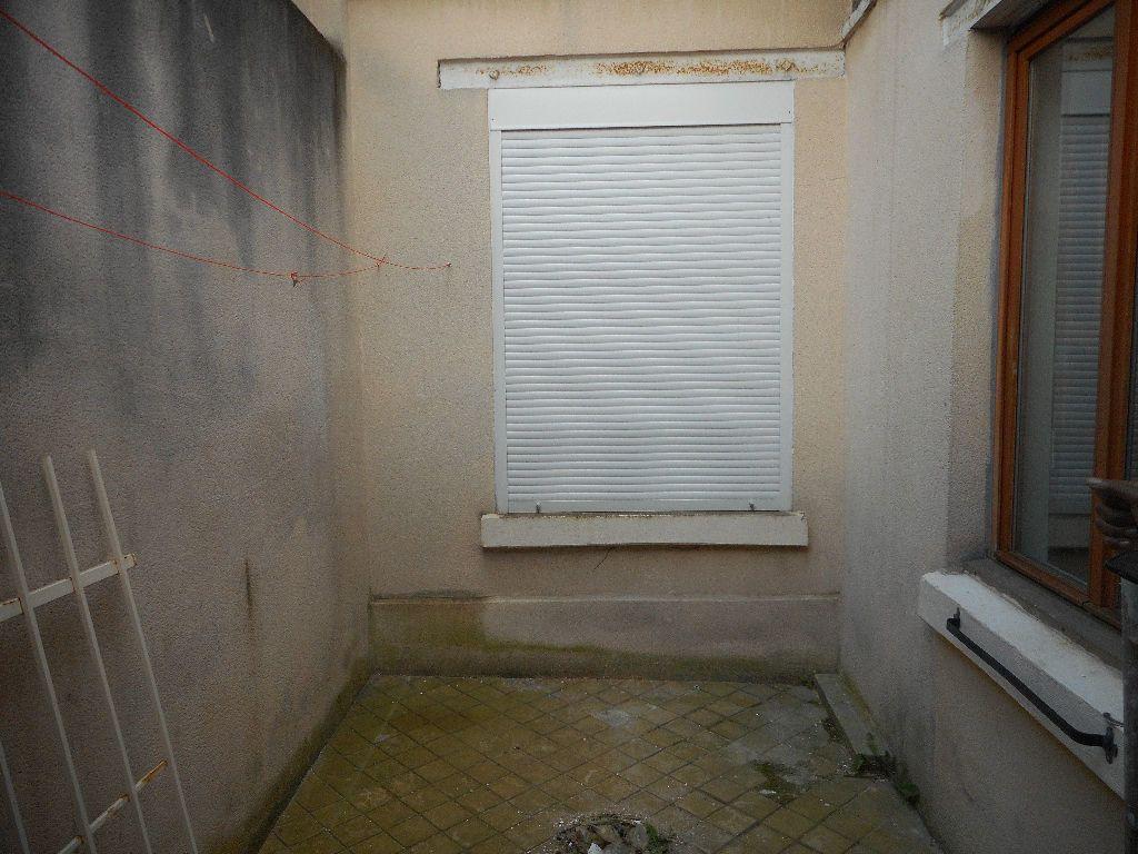 Appartement à louer 2 29m2 à Amiens vignette-7