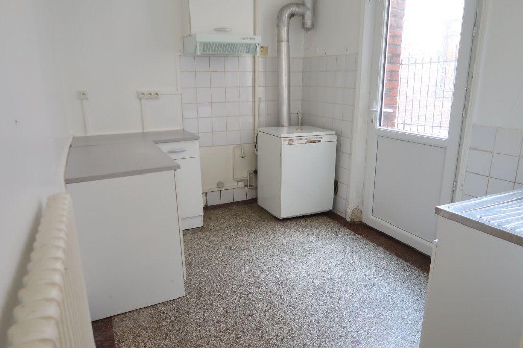 Appartement à louer 3 80m2 à Saint-Quentin vignette-10