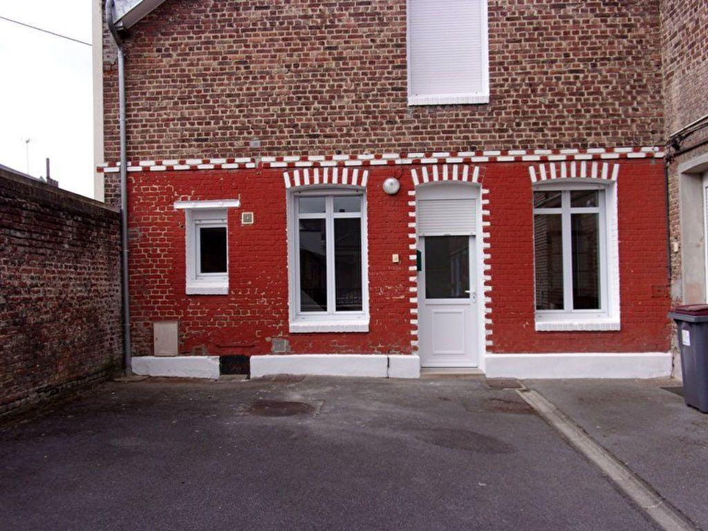Maison à louer 2 55m2 à Saint-Quentin vignette-1