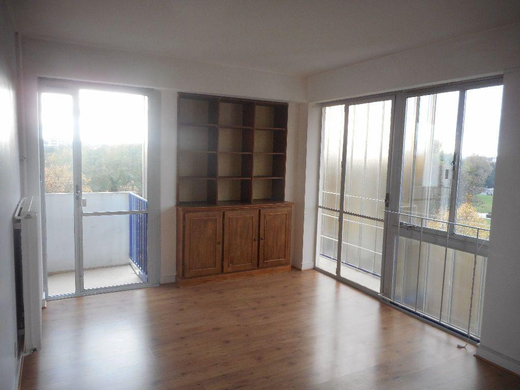 Appartement à louer 2 52m2 à Amiens vignette-1