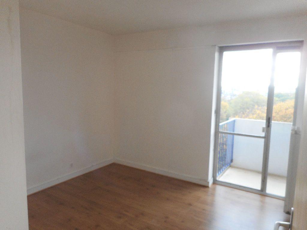 Appartement à louer 2 52m2 à Amiens vignette-2