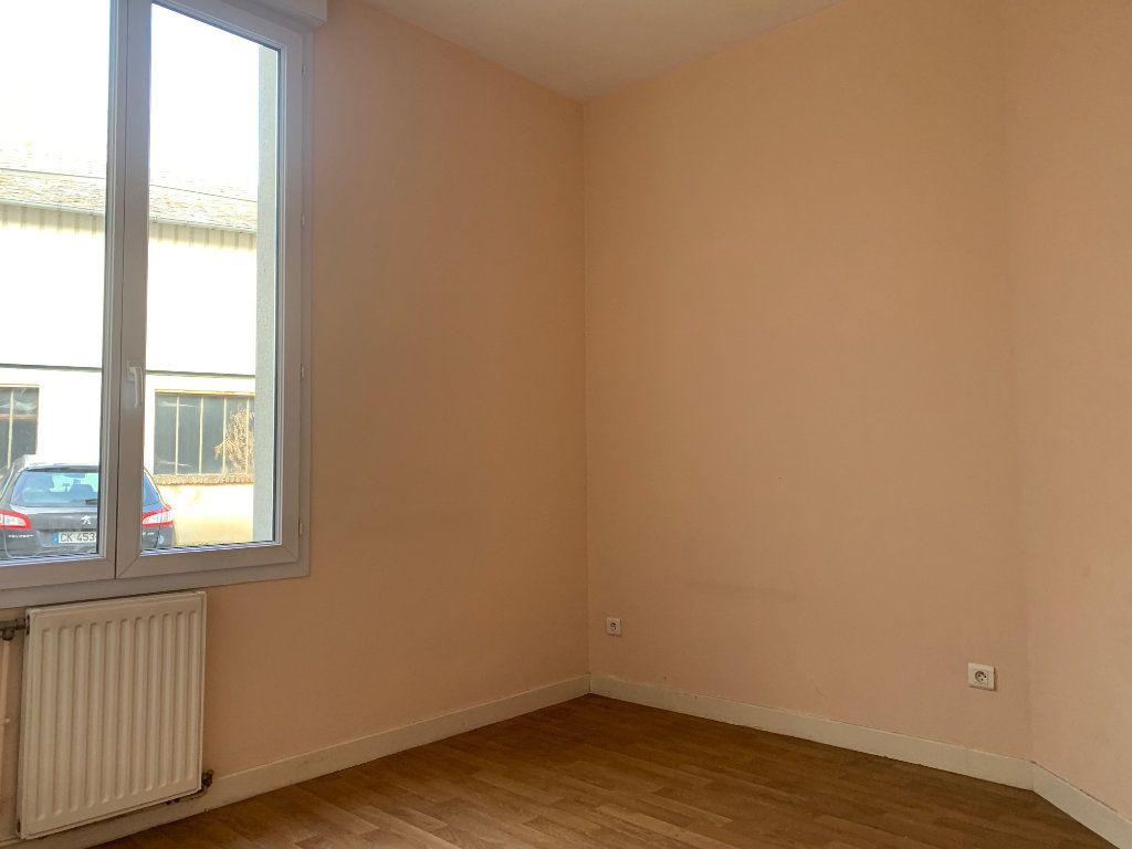 Appartement à louer 3 64m2 à Tergnier vignette-6