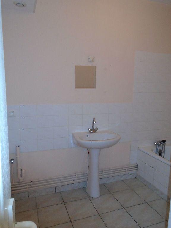 Appartement à louer 3 64m2 à Tergnier vignette-8
