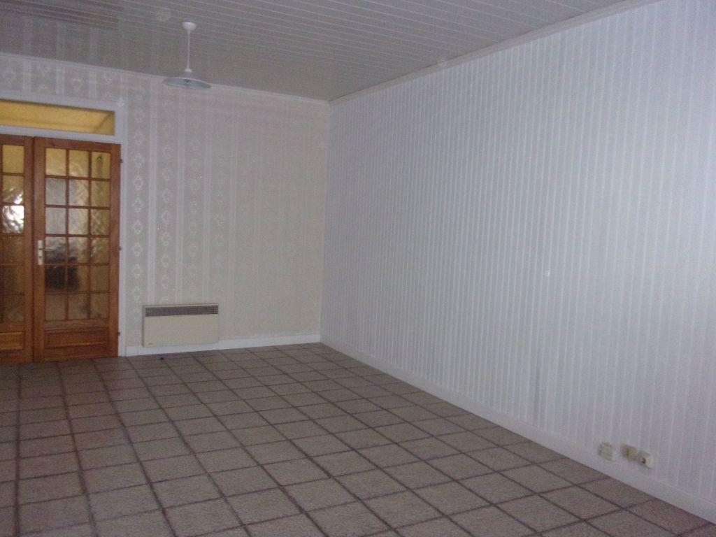 Appartement à louer 2 43.75m2 à Saint-Quentin vignette-2