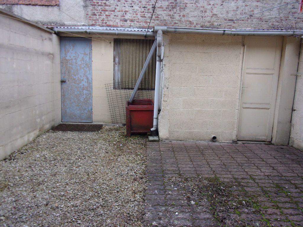 Appartement à louer 2 43.75m2 à Saint-Quentin vignette-4