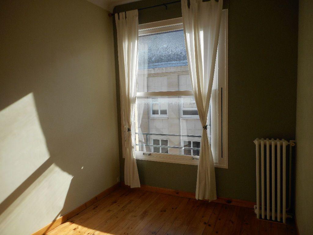 Appartement à louer 3 69.92m2 à Amiens vignette-2