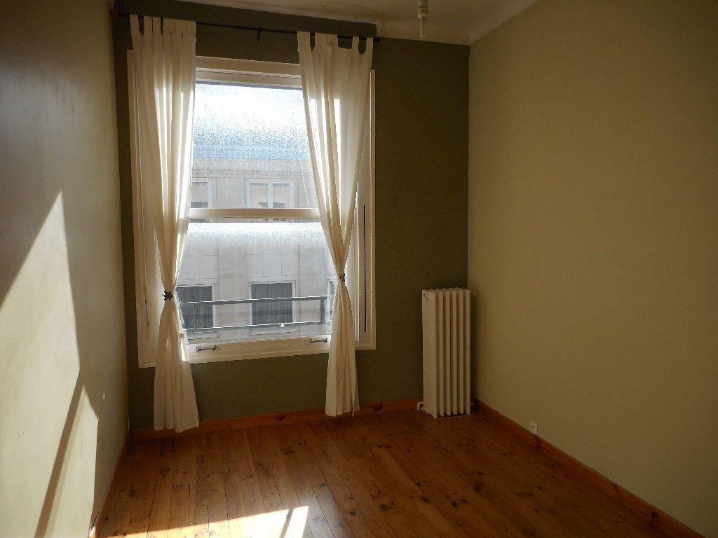 Appartement à louer 3 69.92m2 à Amiens vignette-8