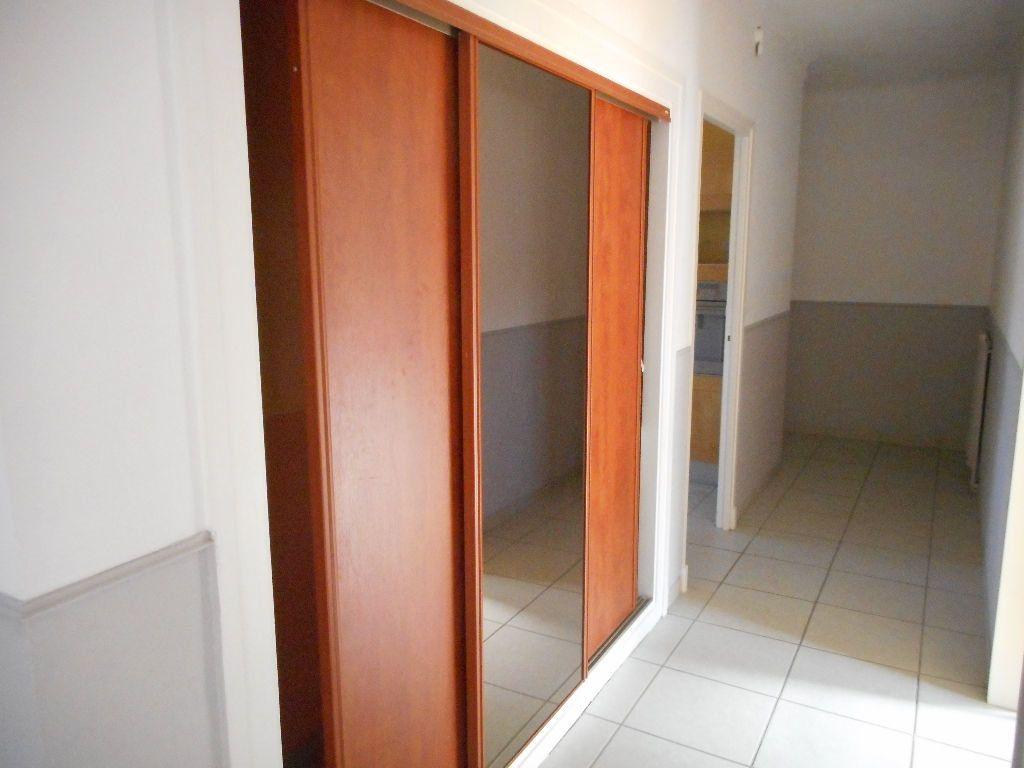 Appartement à louer 3 69.92m2 à Amiens vignette-9