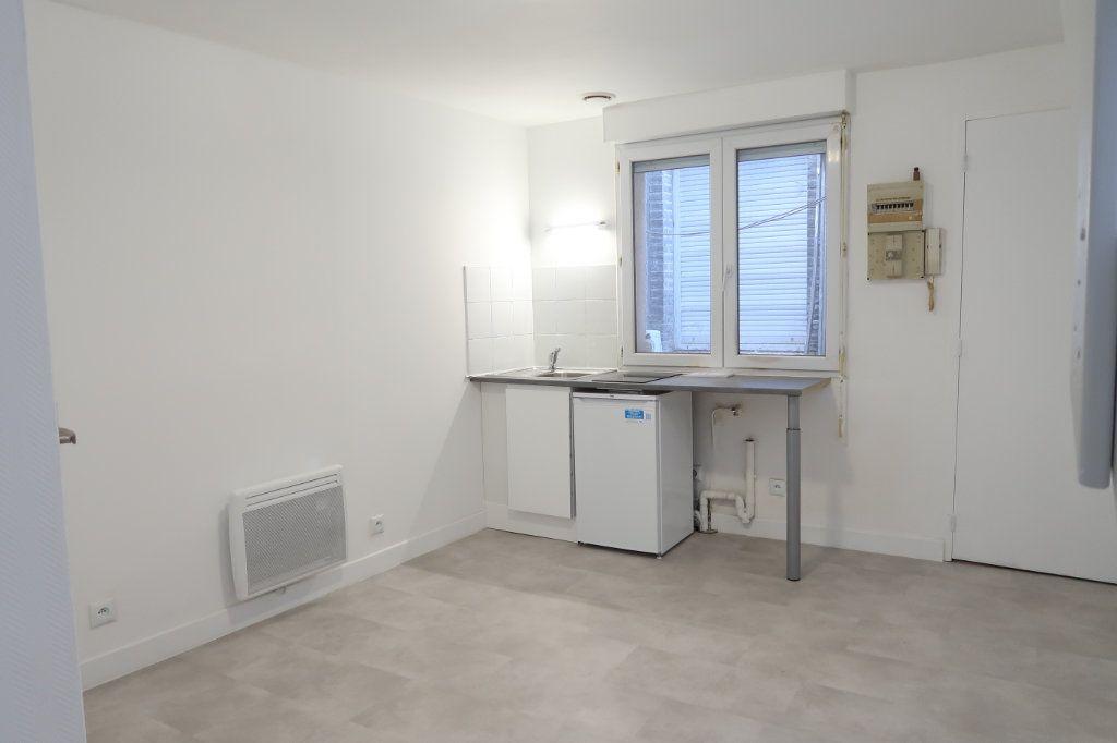 Appartement à louer 2 28m2 à Amiens vignette-6