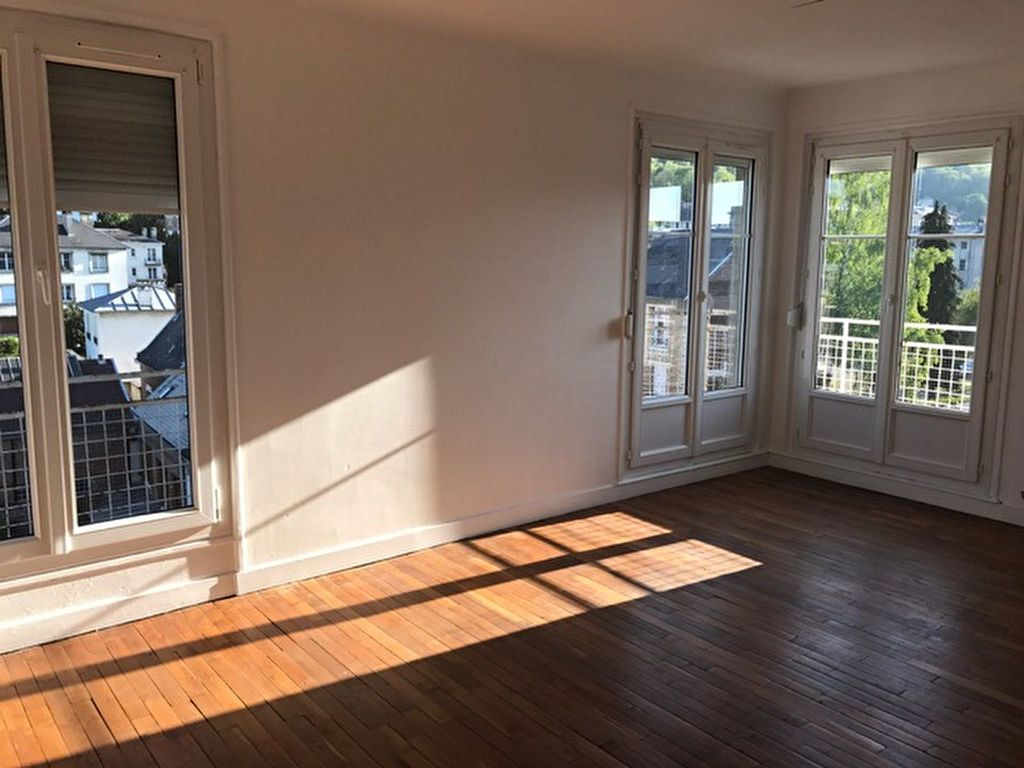 Appartement à louer 3 76m2 à Laon vignette-3