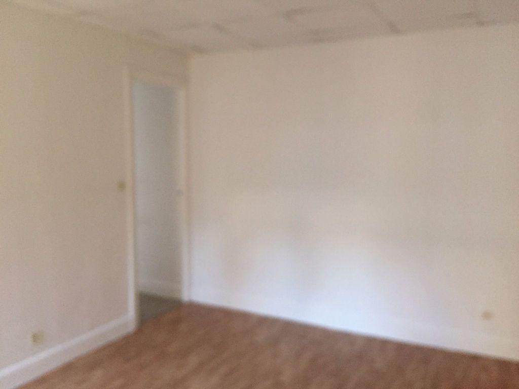 Appartement à louer 2 42m2 à Amiens vignette-4