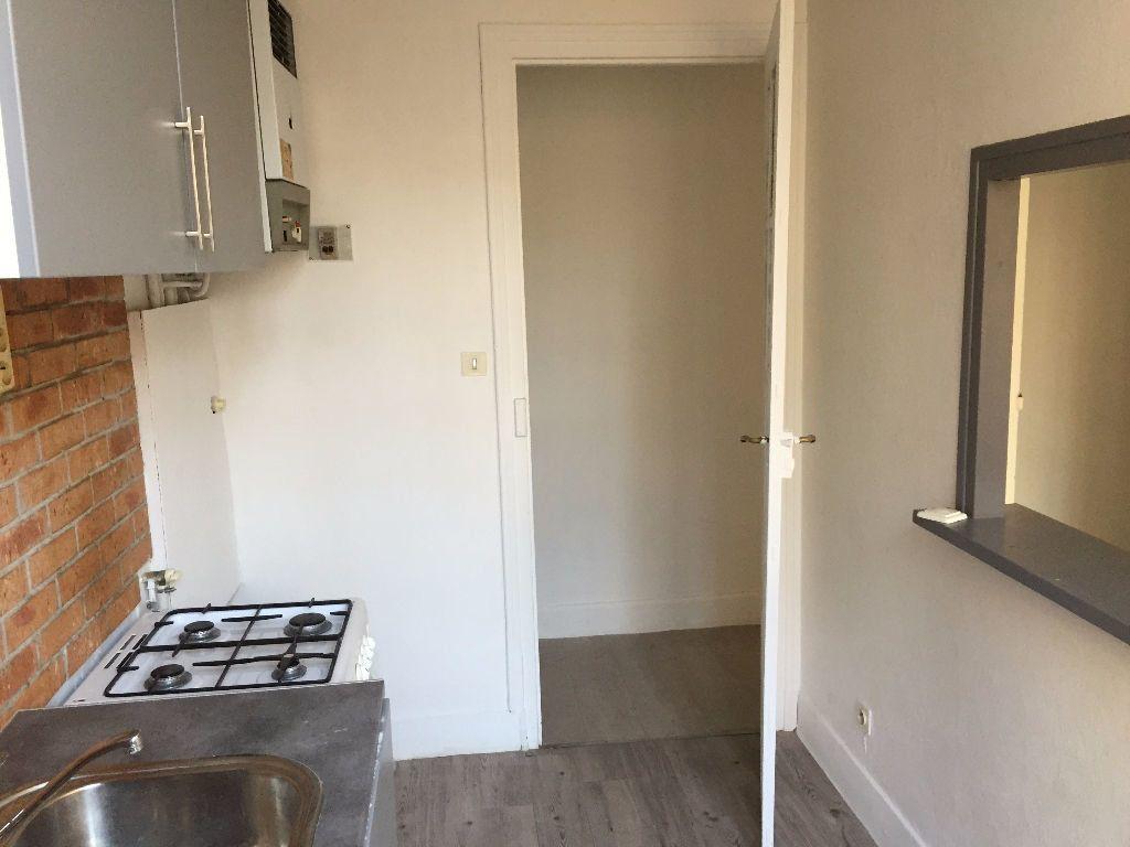 Appartement à louer 2 42m2 à Amiens vignette-6