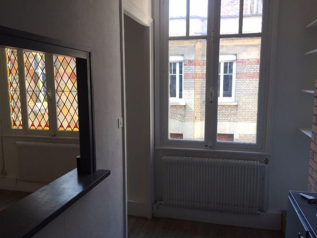 Appartement à louer 2 42m2 à Amiens vignette-8