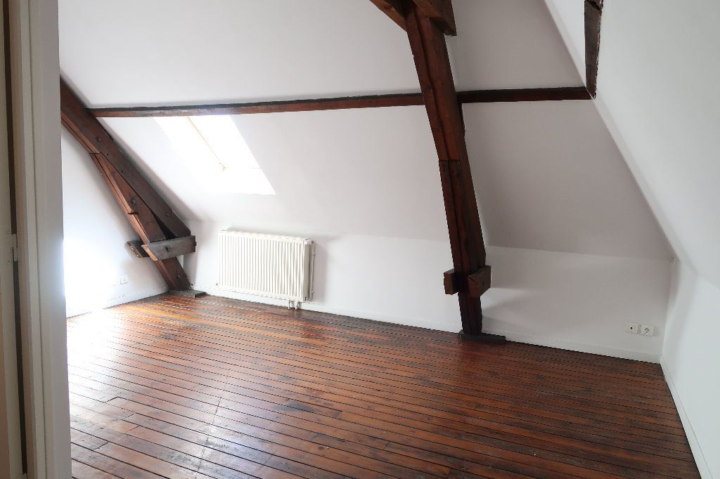 Appartement à louer 2 70.36m2 à Saint-Quentin vignette-4