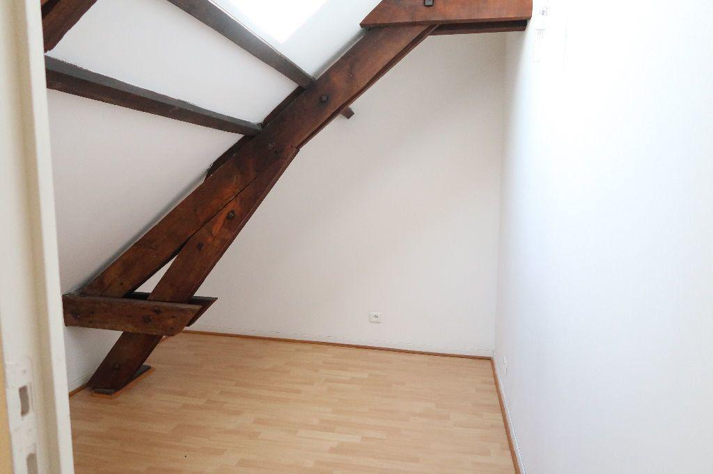 Appartement à louer 2 70.36m2 à Saint-Quentin vignette-7