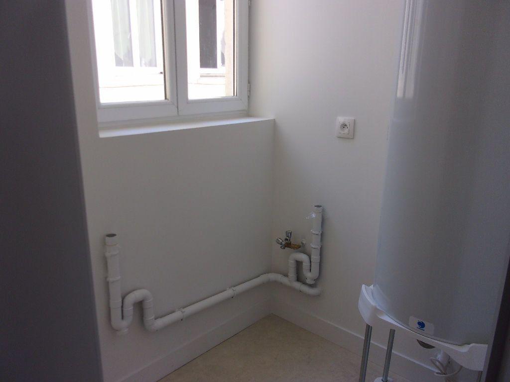 Appartement à louer 3 70m2 à Saint-Quentin vignette-5