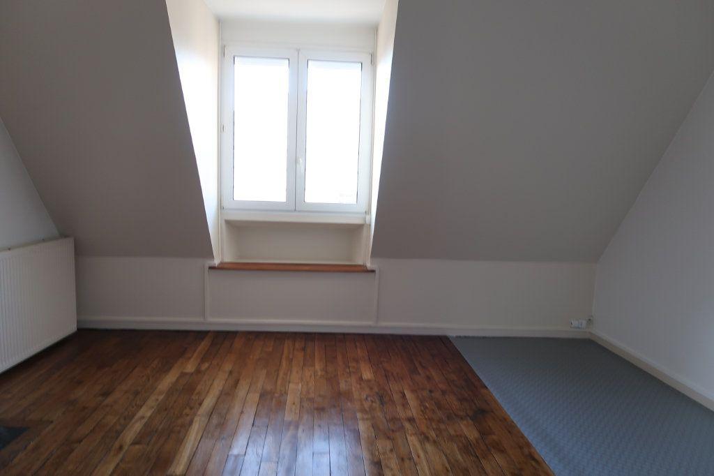 Appartement à louer 2 50m2 à Saint-Quentin vignette-5