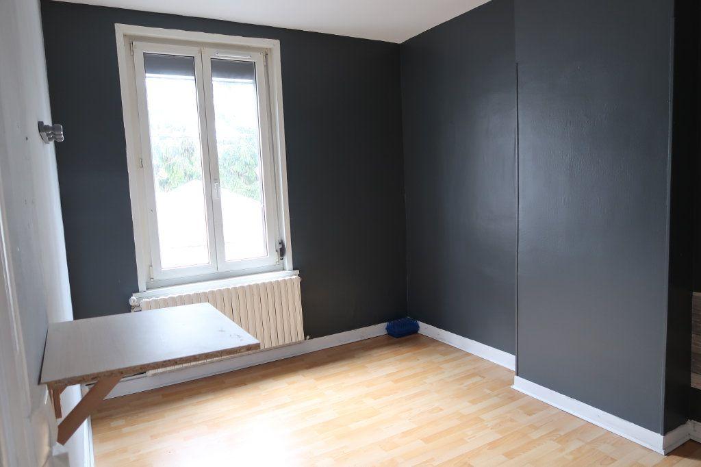 Maison à louer 5 114.32m2 à Saint-Quentin vignette-7