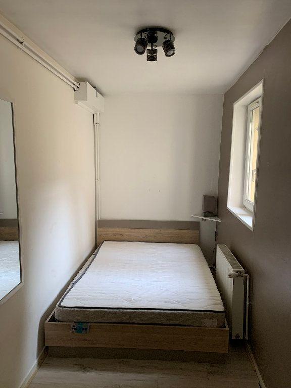 Appartement à louer 2 25m2 à Saint-Quentin vignette-7